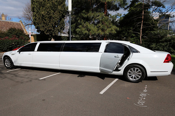 Goldstar Wedding Car Hire - White Statesman Stretch Limousine Hire Melbourne